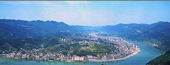 宜昌清江画廊风景区位于三峡宜昌的长阳土家族自治县,涵盖隔河岩大坝